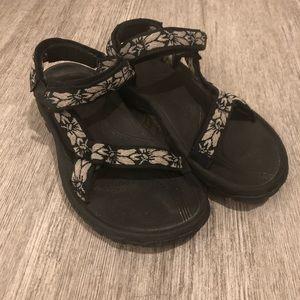 Teva hiking sandals hurricane 4 sport Sz 8